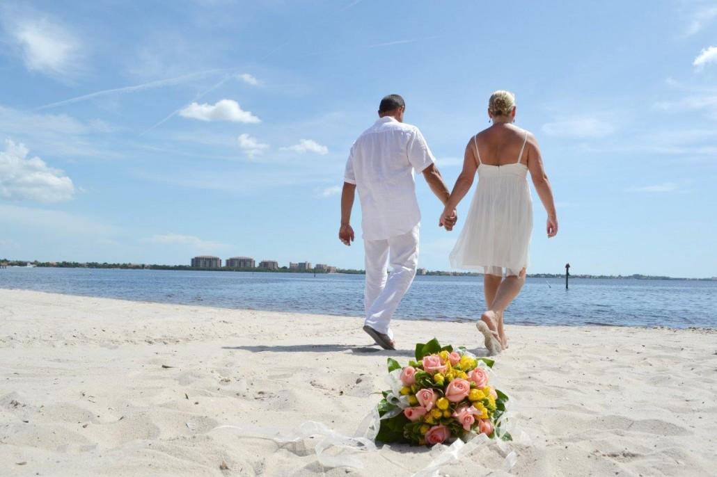 Beach Wedding Locations On Anna Maria Island