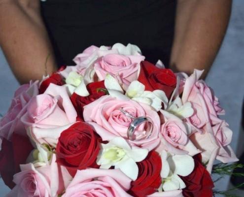 Brautstrauß Rosen rosa rot