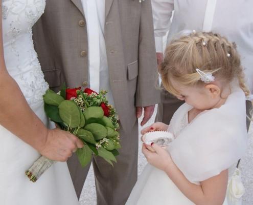 Kind Hochzeit Eheringe