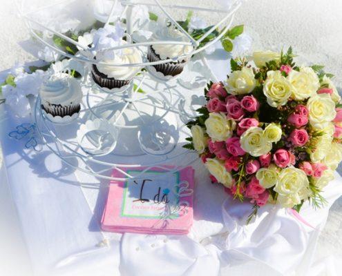 Hochzeits-Cupcakes