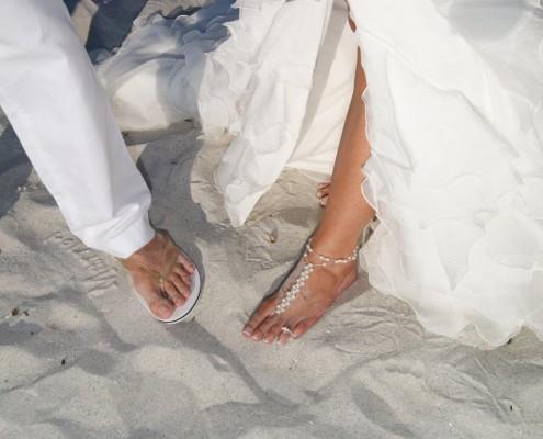 Füße Hochzeitspaar