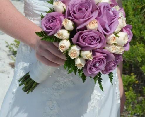 Brautstrauß weiß flieder
