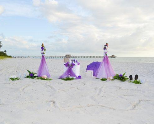 Lila Flieder Strandhochzeit