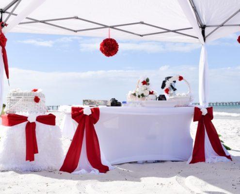Rot Weiss Hochzeitsdekoration